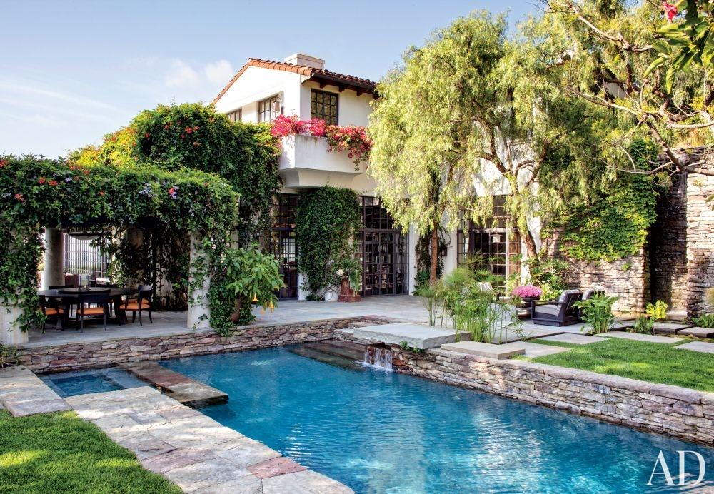 modern-pool-nancy-heller-los-angeles-california-201311_1000-watermarked.jpg