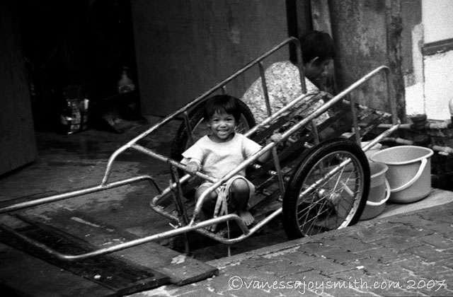 girlcart.jpg