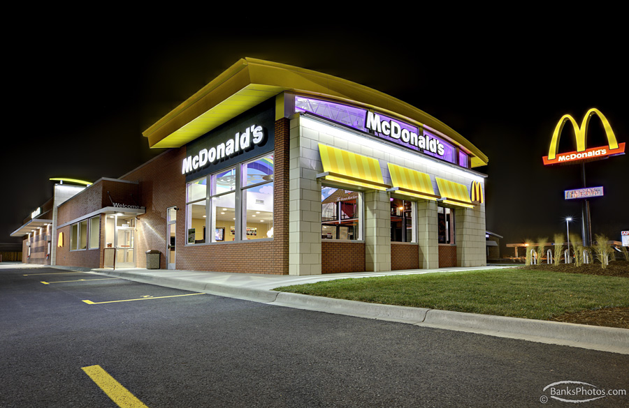 IMG_6763_SS-McDonalds-Exterior-Night-Lg.jpg