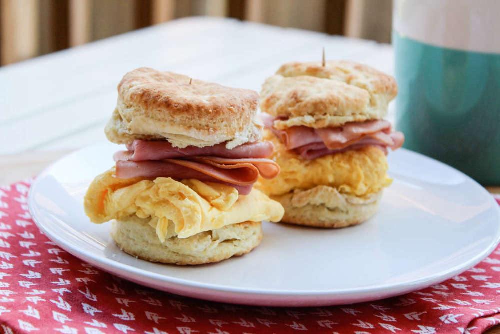 egg biscuit closer-
