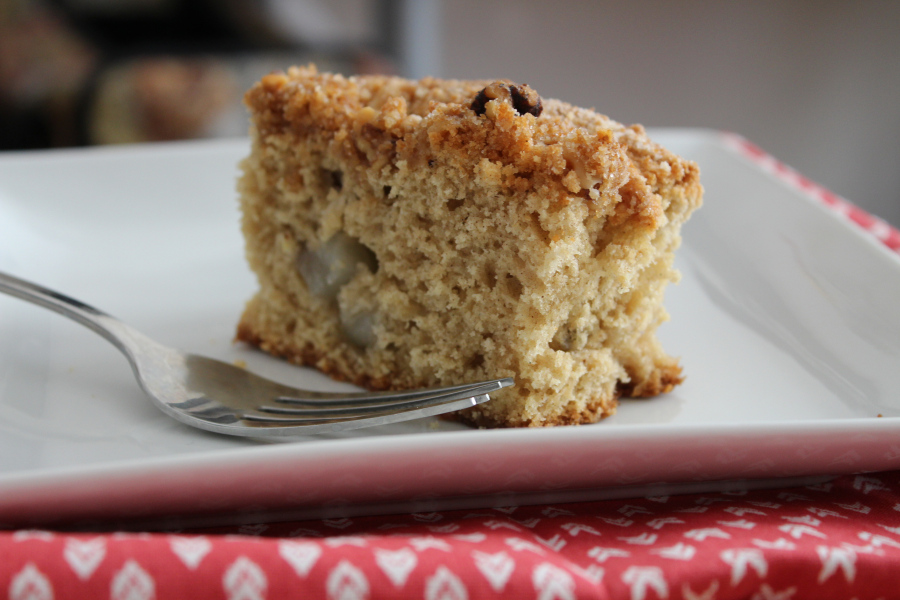 Pear-Cinnamon Coffee Cake