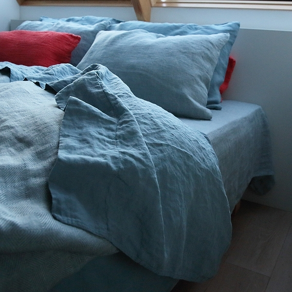 Art group bed linen 24.jpg