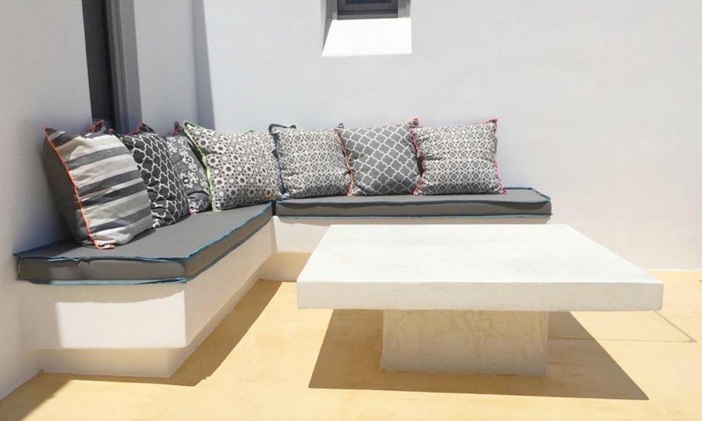 Art group outdoor pillows 16.jpg