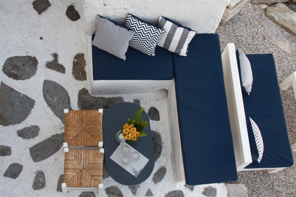 Art group outdoor pillows 23.jpg
