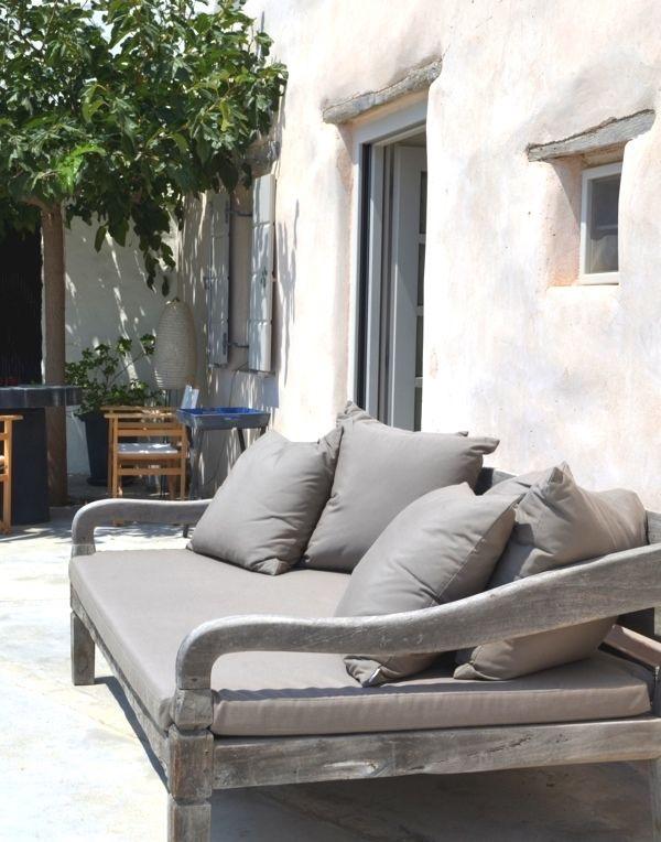Art group outdoor pillows 29.jpg