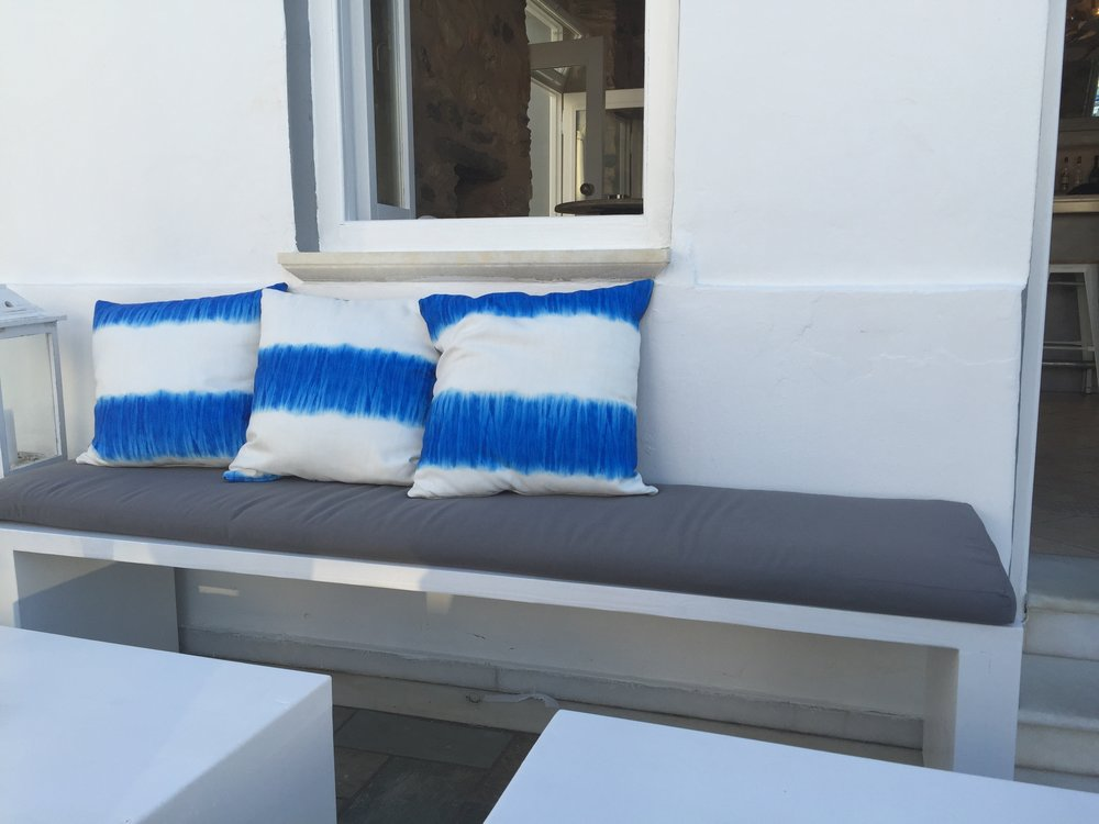 Art group outdoor pillows 72.jpg
