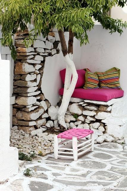 Art group outdoor pillows 20.jpg