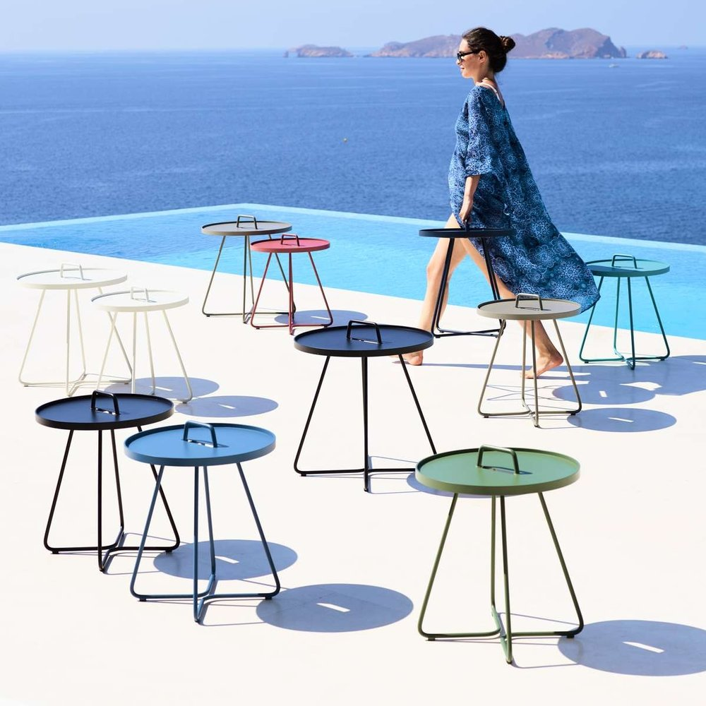 ART GROUP OUTDOOR COFFEE SIDE TABLE 13.jpg