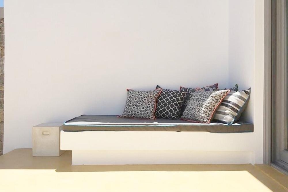 Art group outdoor pillows 15.jpg