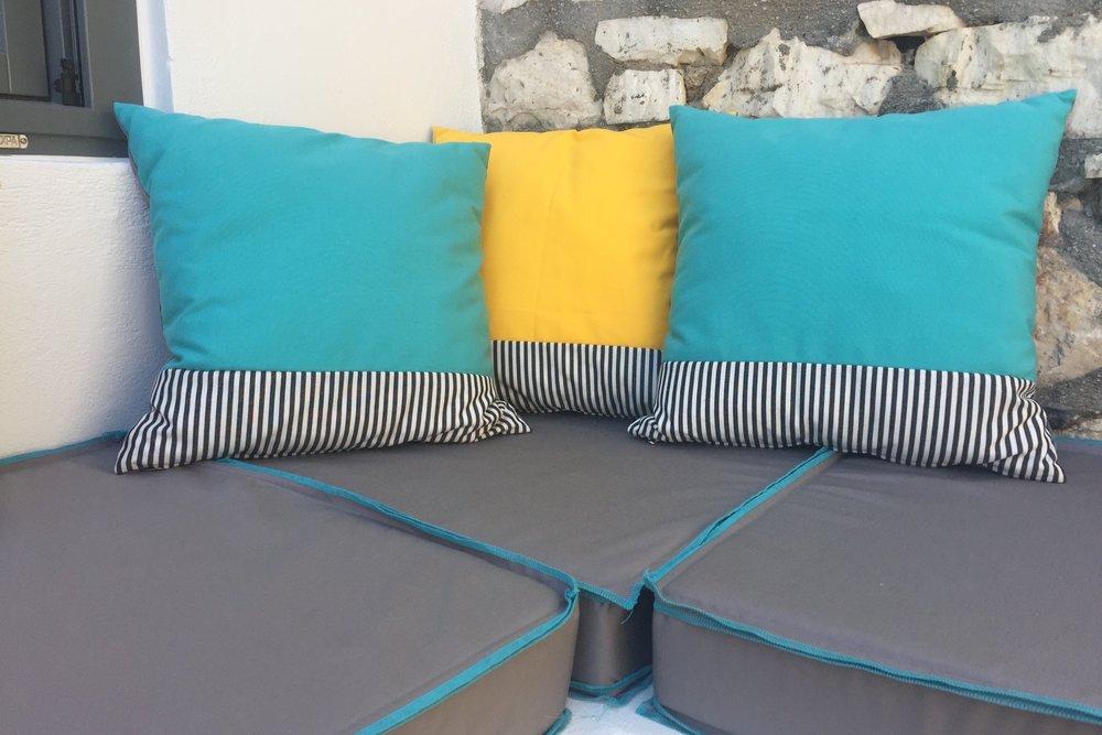 Art group outdoor pillows 60.jpg