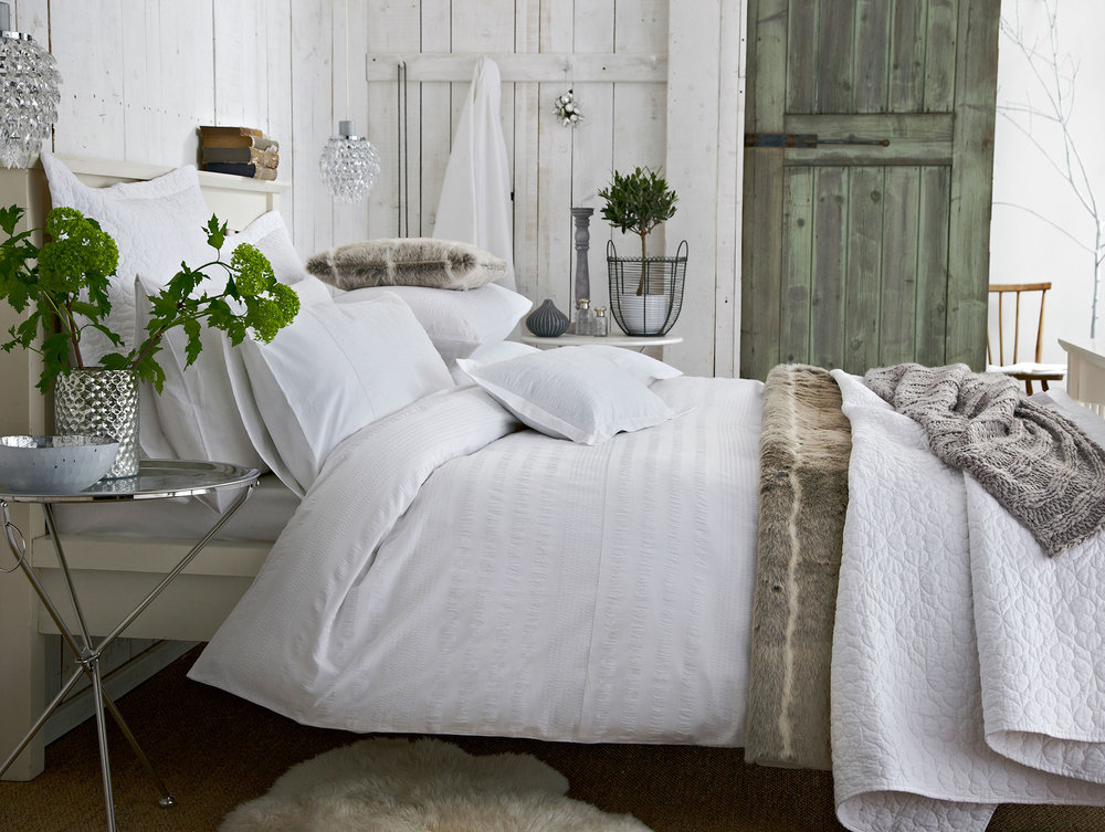 ART GROUP BED - BED LINEN