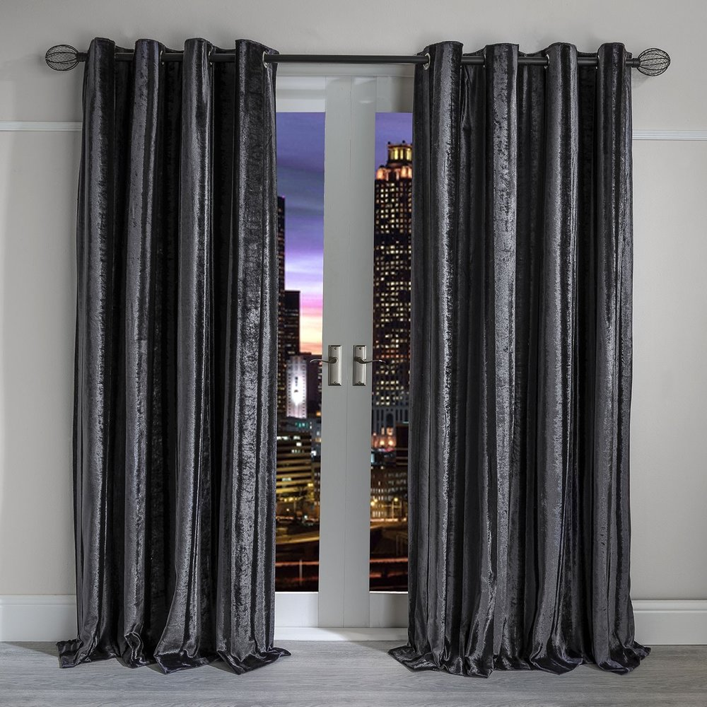 VELVET CURTAINS 6 ART GROUP.jpg