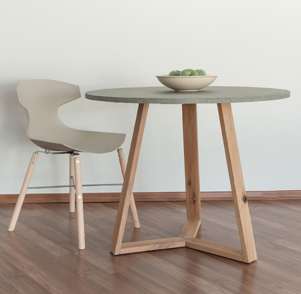 TABLE -50%1 PC LEFT - DIMENTIONS: 110
