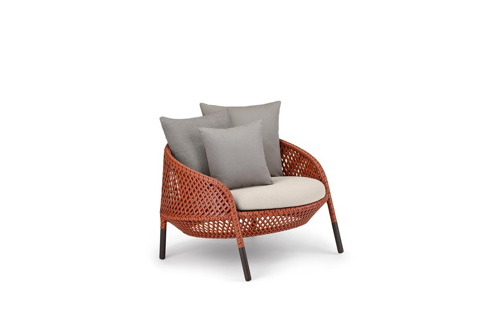 DEDON-Ahnda-Lounge-chair-1920x1266px.jpg