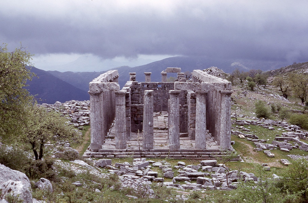 The Temple of Apollo at Bassai in 1965. Today the remains are covered in tarp.