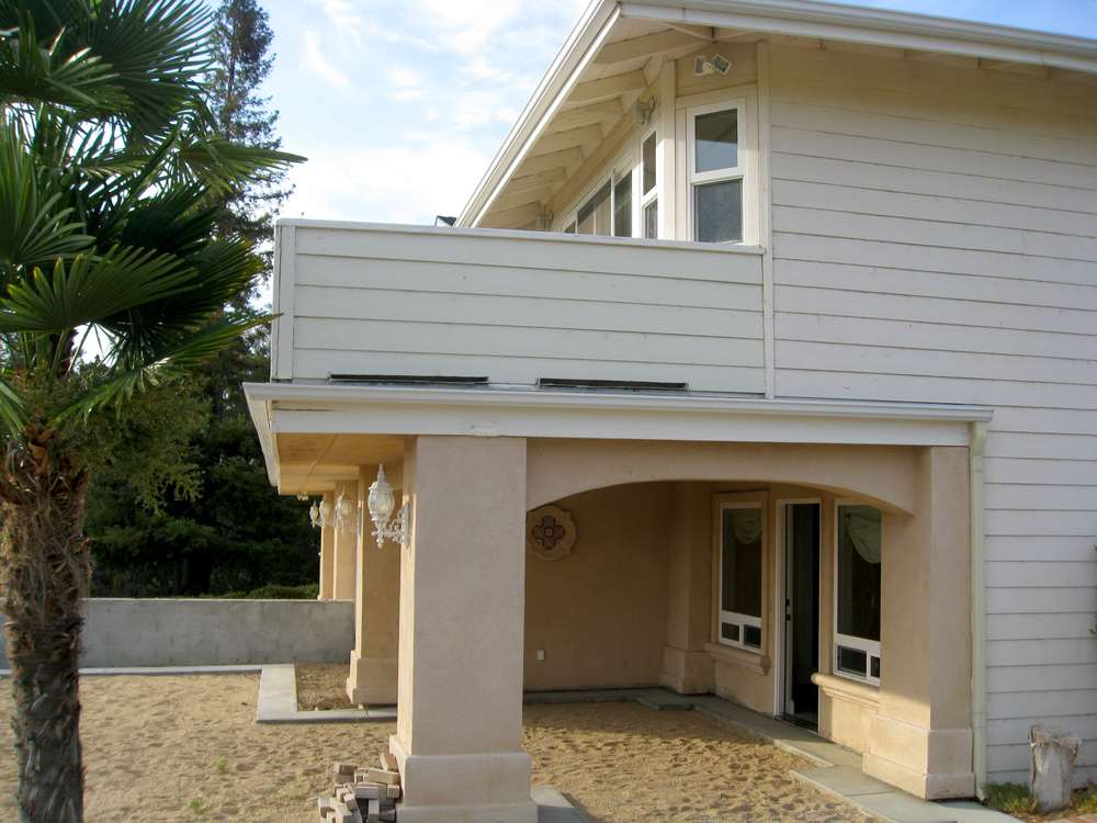 Stucco-Entry.jpg