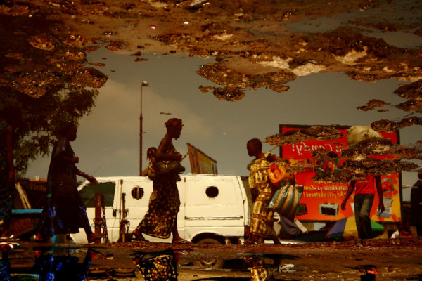 Kiripi Katempo, photographe de la mutation urbaine, est mort (Adiac)