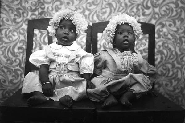 Réimpression des portraits de Seydou Keïta(ADIAC)