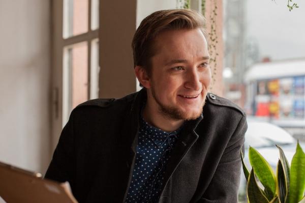 Fabian Saul en résidence à Montréal pour son premier roman (ENTREVUE)
