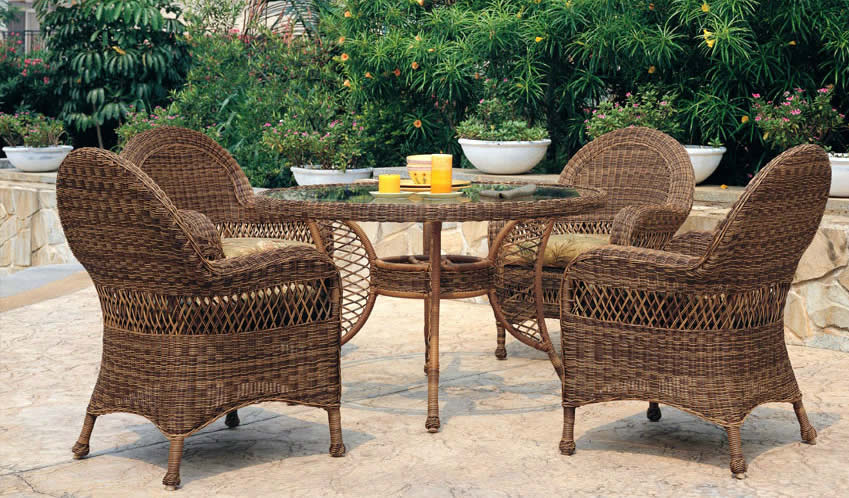 Patio renaissance riveierra wicker outdoor dining for Outdoor furniture 28277