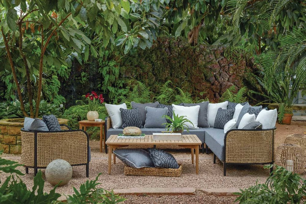 HAVANA Lounge Collection by Summer Classics Outdoor Furniture