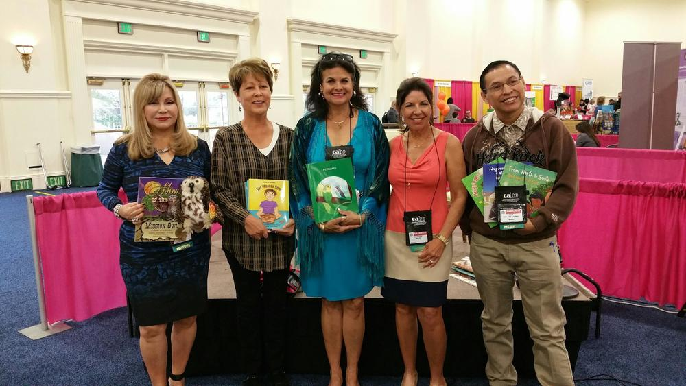 Cecilia Velástequi, Ramona Moreno Winner, Georgette Baker,Maritere Rodriguez Bellas,René Colato Laínez