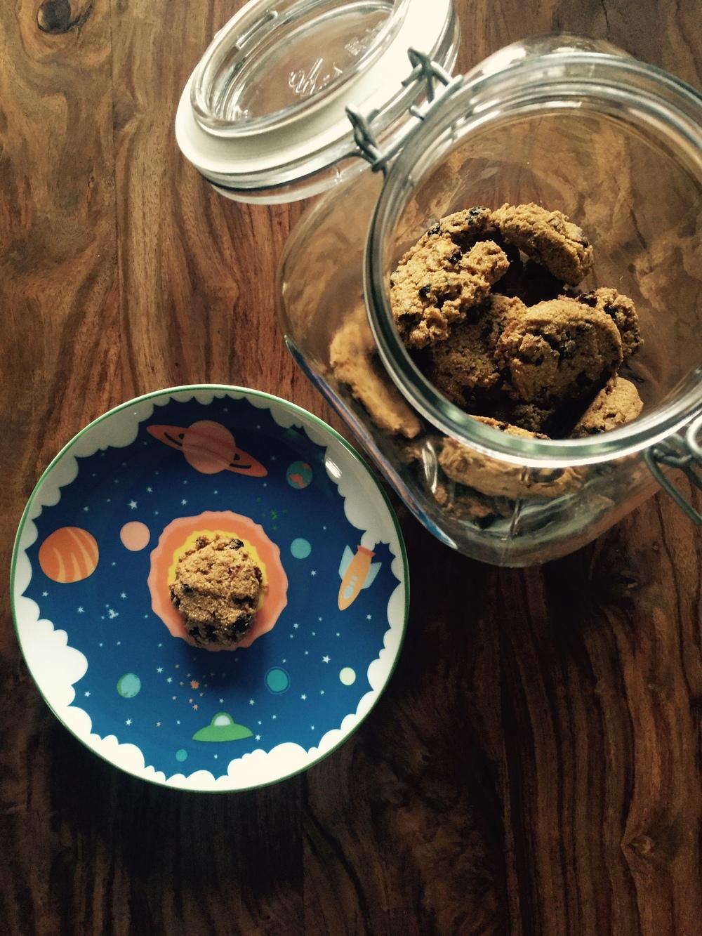 Cardamom Cornmeal Cookies