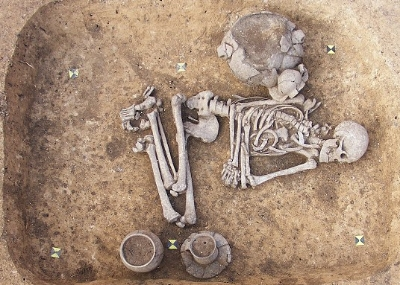 Stone Age gender-fluid person buried in Prague