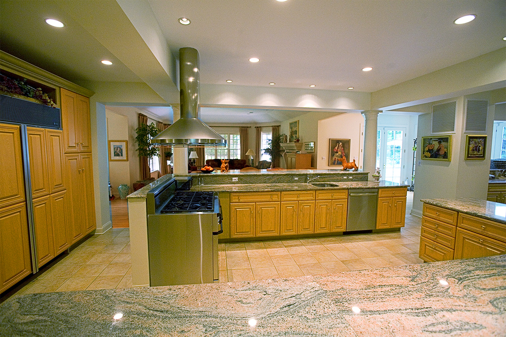 kitchen_1.jpg