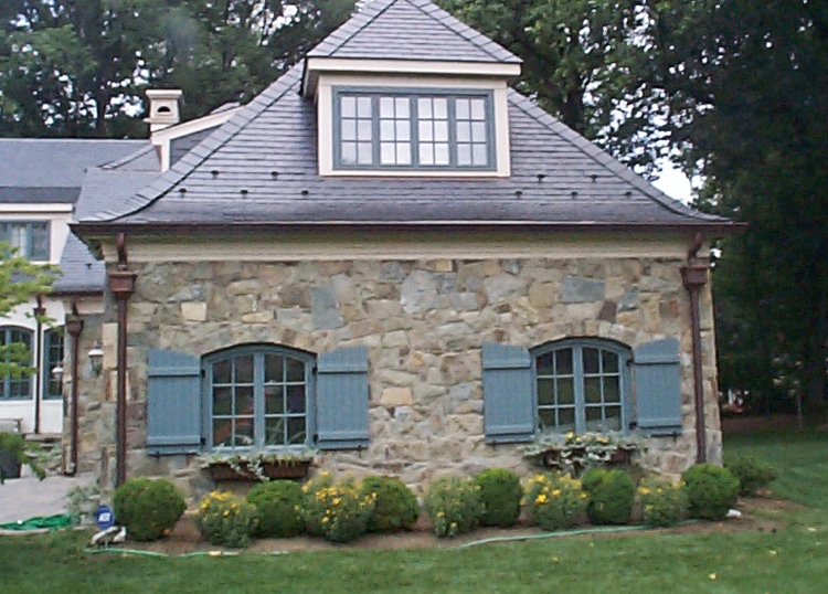 Home Renovation Ideas: Curved Framing and Mansard Roofs — Mangan ...