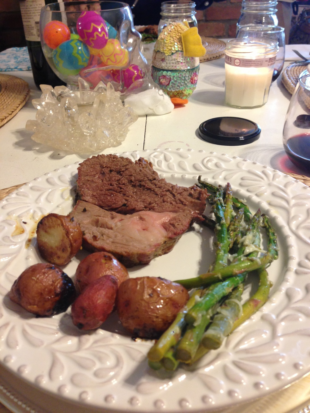 Leg O' Lamb with roasted taters and the asparagus. We started with an arugula salad with dried Montalcino Cherries and chopped almonds.