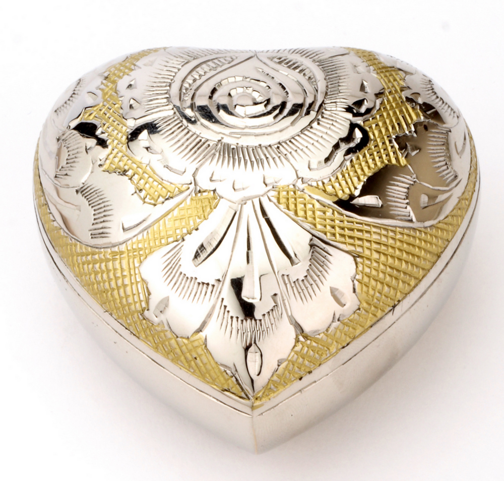 Heart%25203%2520inch%2520Devon%2520Gold.JPG