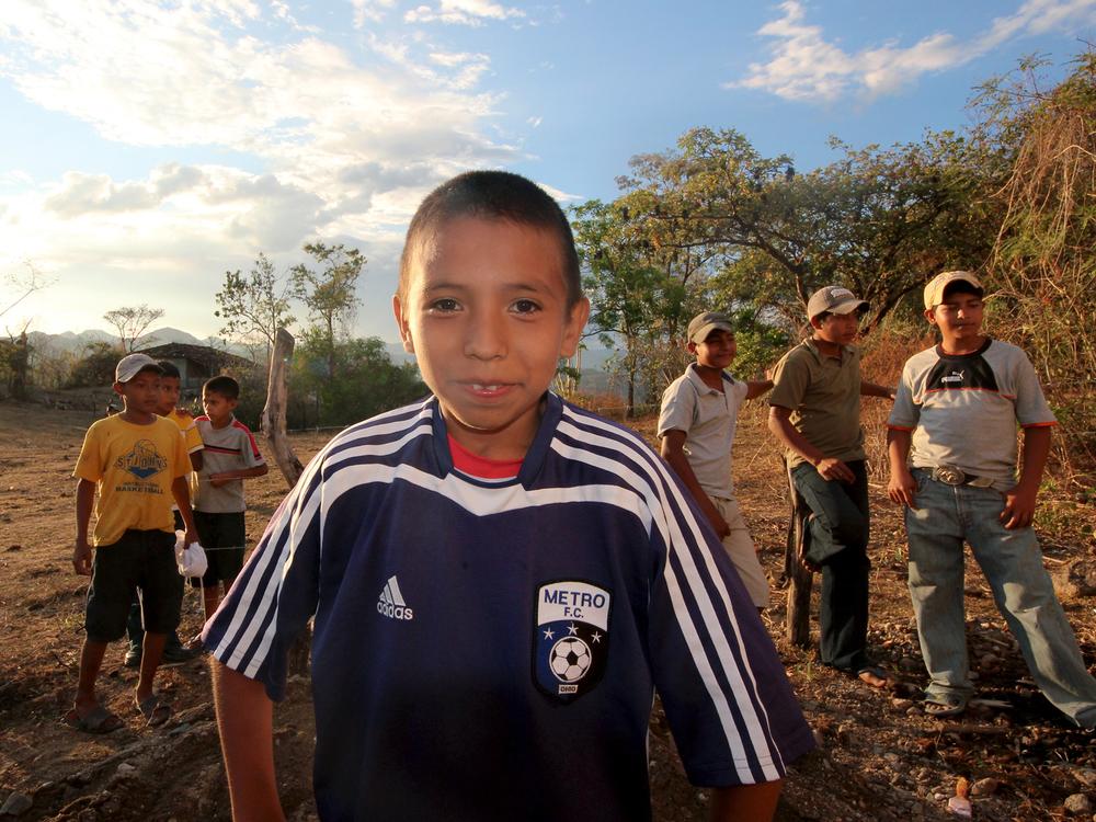 soccer boy_io_15x20.jpg