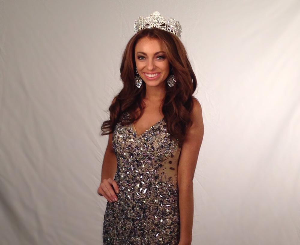 Hair & Wardrobe Styling: Jonathan Abernathy  Miss Teen Illinois USA 2015 Megan Riesner