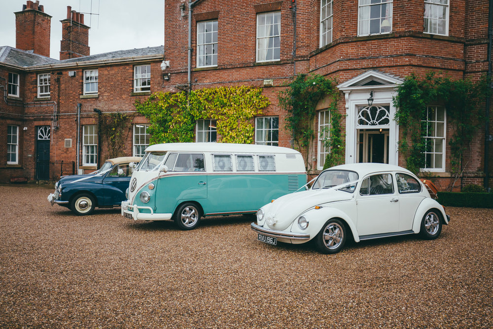 wedding cars at Norwood Park