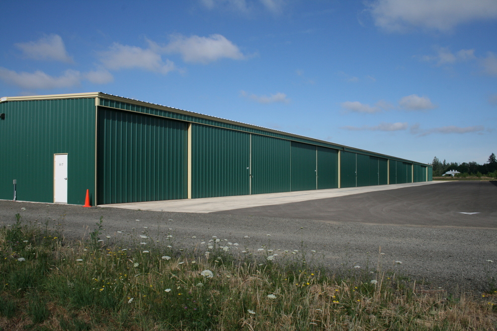 Twin Oaks Hangar H.JPG