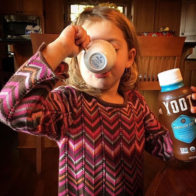 No sugary fruit juice here! YOOT is a super tasty 😋 way to boost your child's intake of antioxidants, prebiotics & natural detoxifying agents for healthy tummies (and skin!) 🌿The barely sweet, cinnamon & vanilla flavor (💯 organic ingredients derived from food-grade herbs + spices), will have their taste buds happy 😊 & your conscious clean. Plus- who doesn't love a good tea party? 🎉  Follow @yoottea and sign up for our newsletter to learn when we're available online + in stores 2019! #itswhatsunderneath . . . . . #plantmedicine #holistichealing #dandeliontea #kidfriendlyfood #foodasmedicine #teaparty #organic #tea #roottea #herbaltea #ayurveda #health #wellness #guthealth #cleanse #detoxtea #vegan #teatime #tealove #chaitea #glutenfree #vegan #fallweather