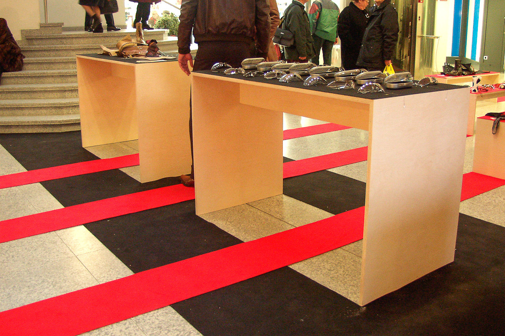 Weihnachtsaktion für 3 Geschäfte, 2001