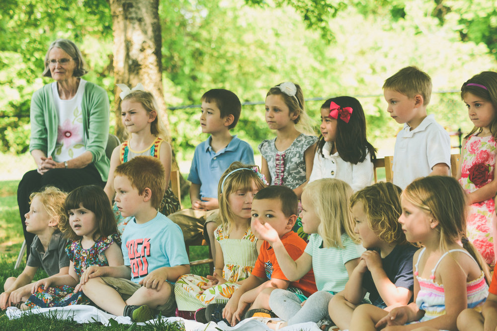 observing children Observing young children view a transcript: english spanish please help us make better videos tell us what you like about this video and how you plan to use it early childhood teachers observe children throughout the day for a variety of purposes.