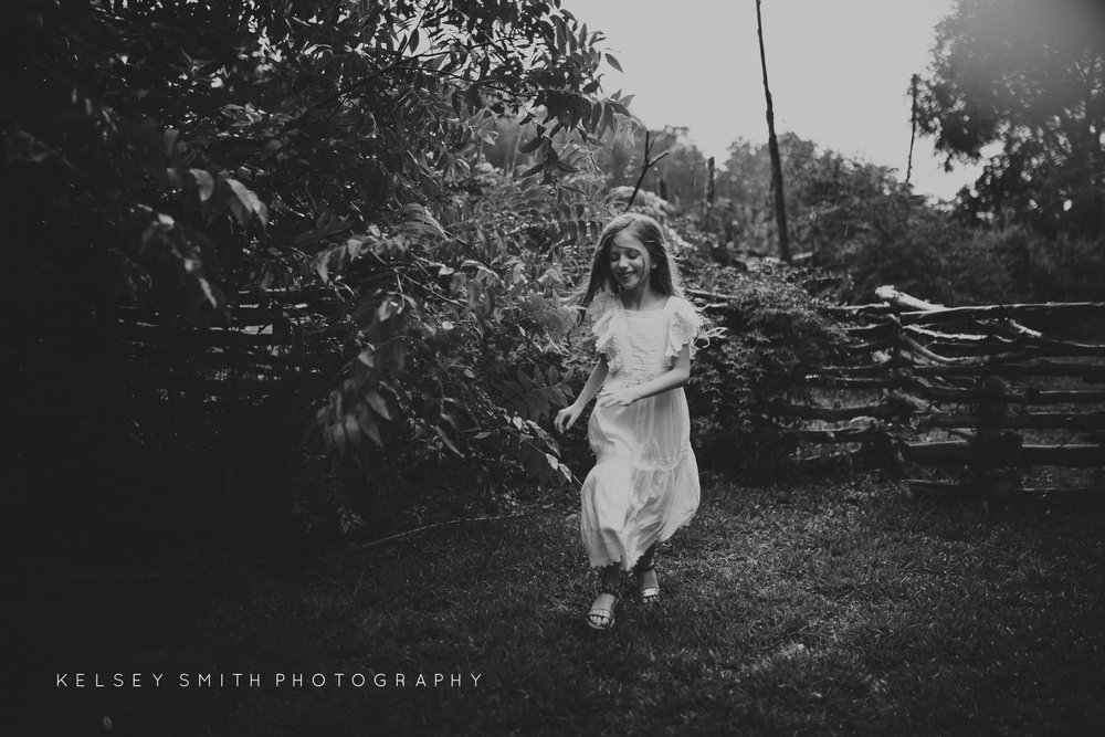 TheDeadTreeSociety_KelseySmithPhotography (Web Resolution)-11.jpg