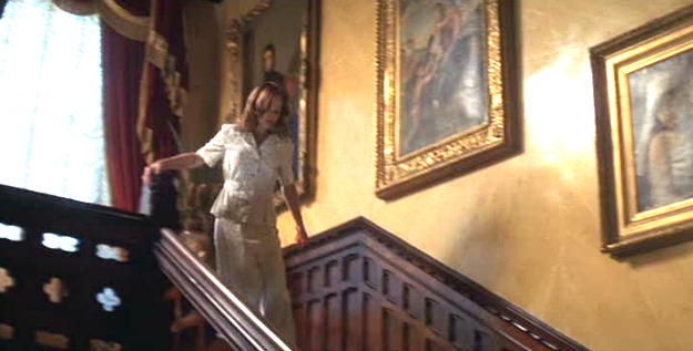 The-Notebook-Allies-staircase.jpg