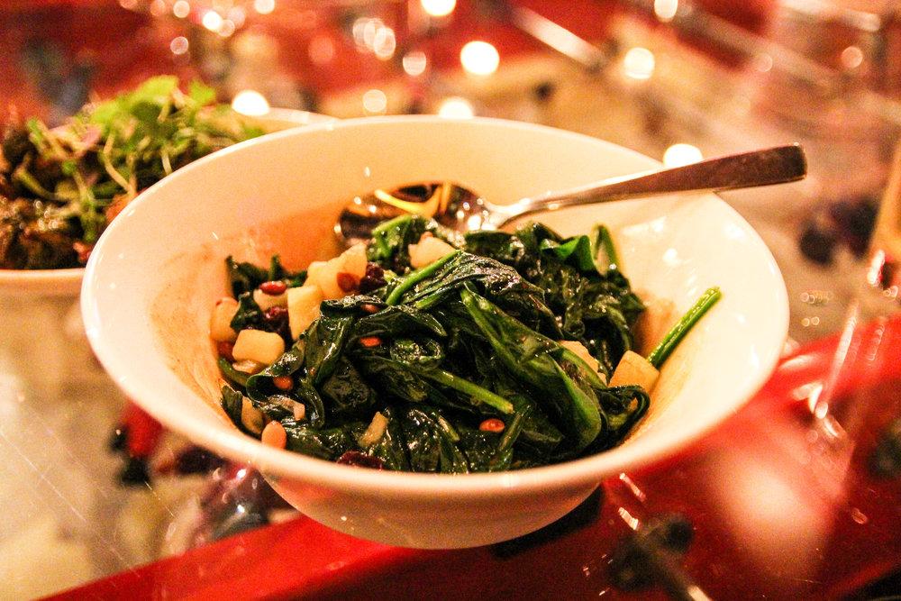 Espinacas a la catalana aka Spinach