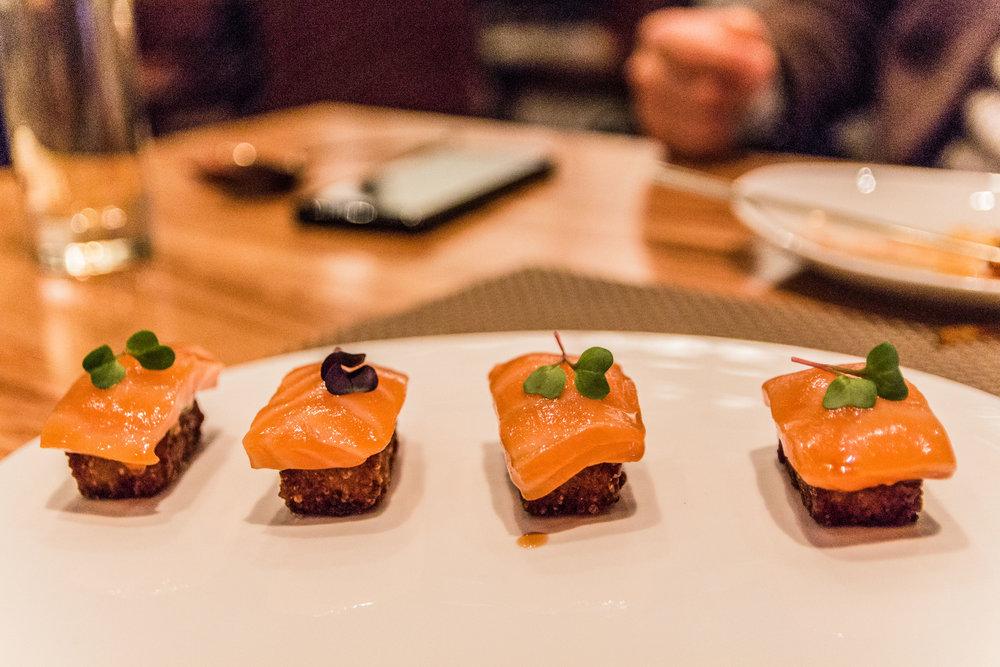 Salmon Chobab 연어 초밥