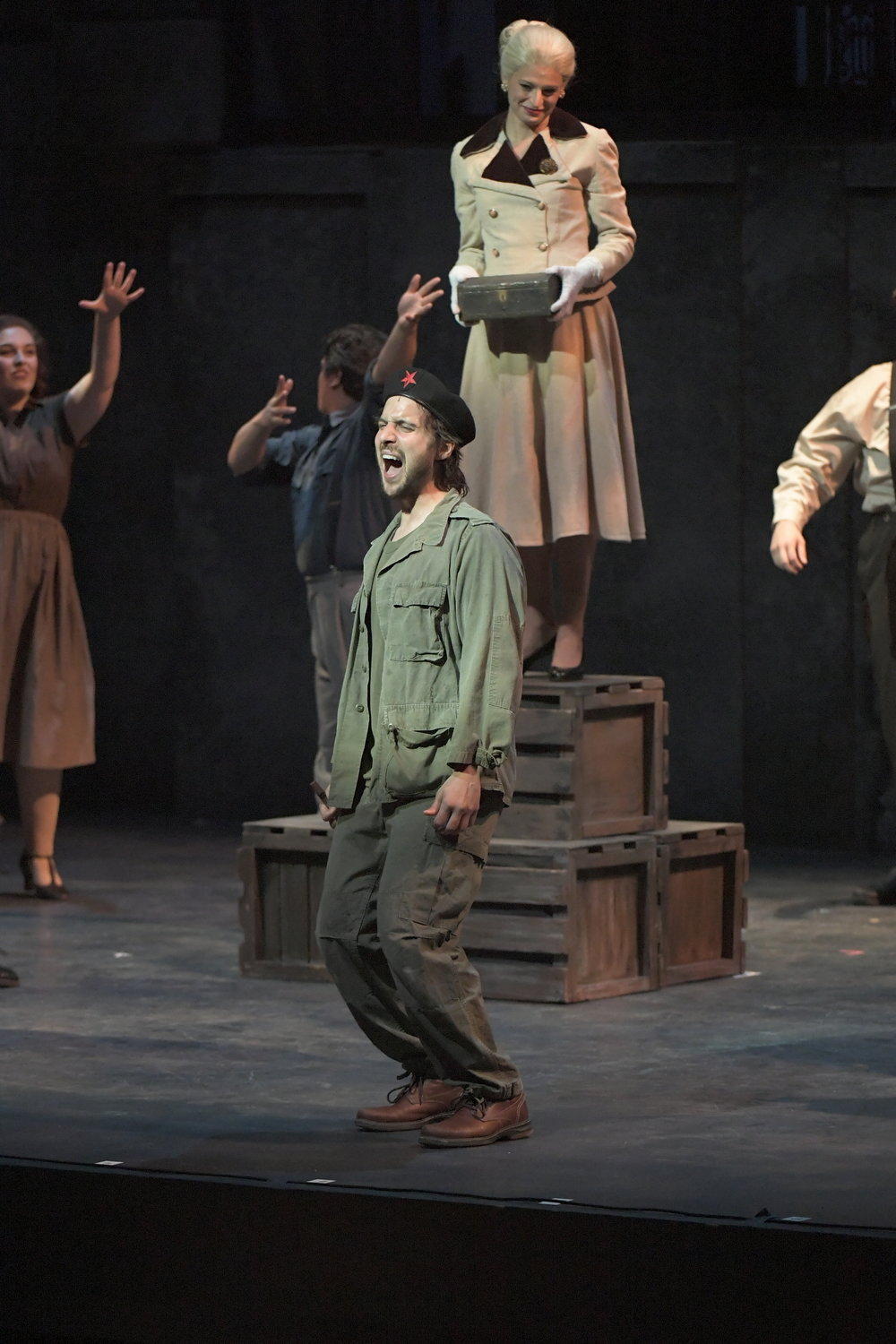 Theater - Che in Evita with Jackie Burns in the title role