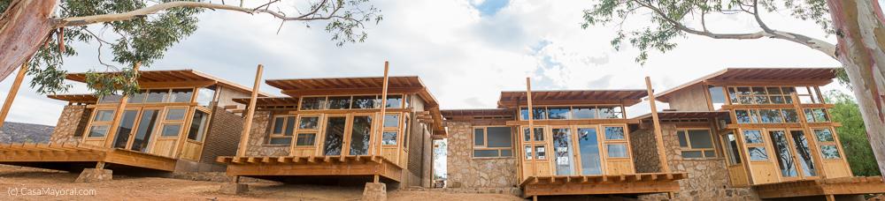 Las habitaciones cuentan con terrazas que están orientadas a una hermosa vista que se muestra en la siguiente imagen.