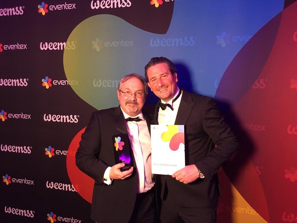 So sehen Sieger aus:  Wolfram Zöttl und Emanuel Grasl nahmen die Awards in Dublin entgegen.