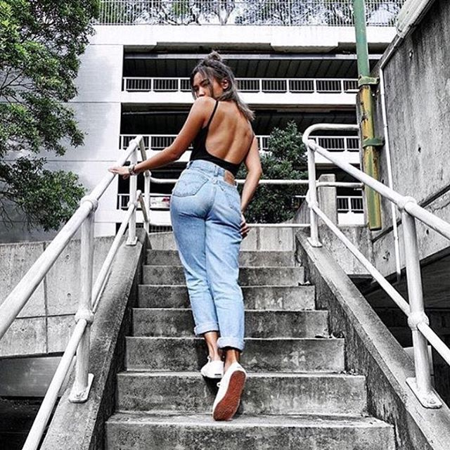 Own what you wear #momjeans #style #bloggerstyle #fashion #ootd