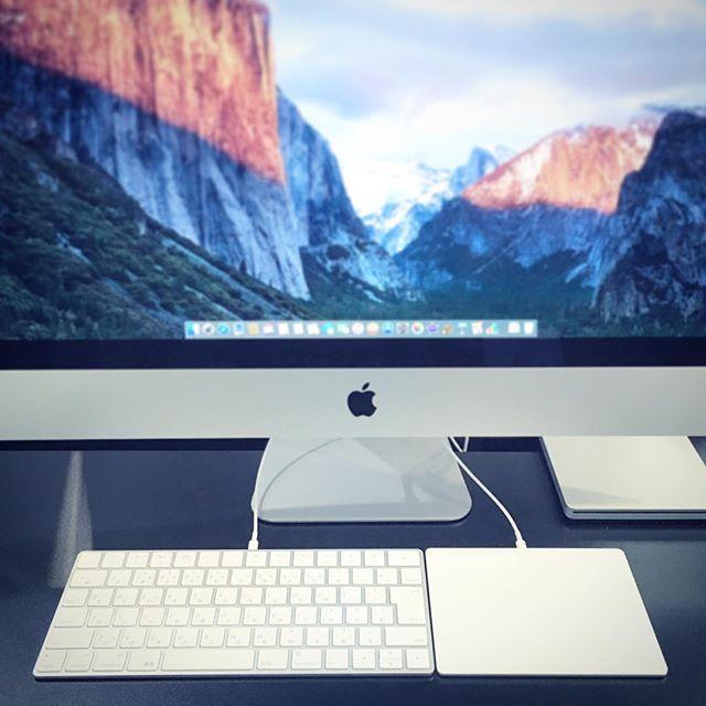 新製品のMagic Keybord & Magic Mouse 2 & Magic Trackpad 2の展示を開始しています!薄く小さく、従来のシザー構造も改良され、打ち心地も向上してます。Lightningケーブルで充電が可能なので電池交換の必要なし!是非一度お触りにいらして下さい。  #MagicKeybord #MagicMouse2 #MagicTrackpad2 #Keybord #Mouse #Trackpad #自動ペアリング #充電式 #シザー構造 #キーボード #マウス #トラックパッド #多摩 #tama #nagayama #永山 #PLUSYU #Apple #Apple専門店