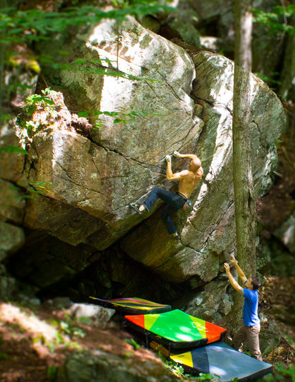 Pleasure Treasure, V5, at Hope Falls (Marble Zone) NY. Photograph by Justin Sanford.