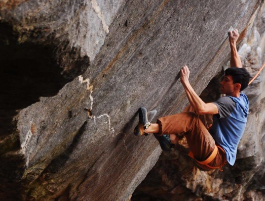 Mike Foley working on The Fly.  Photo by Maine Preerati Chaisarn.